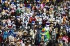 動物の着ぐるみ愛好家たちがベルリンに大集合