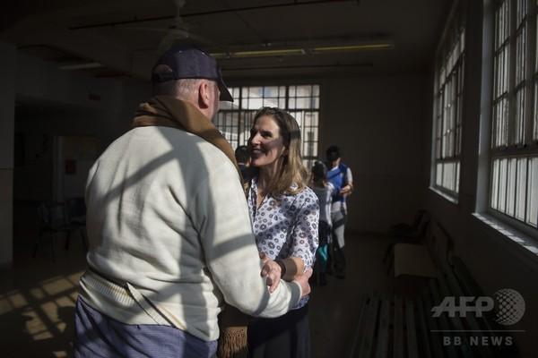 患者の気持ちを変える精神科病院のタンゴ教室、アルゼンチン