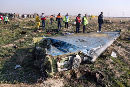 墜落のウクライナ機、「問題」発生で空港へUターン 上空で炎上とイラン当局