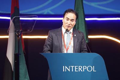 インターポール新総裁に韓国の金鍾陽氏、中国で拘束の前総裁の後任
