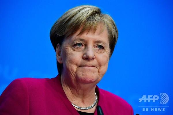 メルケル独首相の退任表明、EUは機能不全に? アナリスト