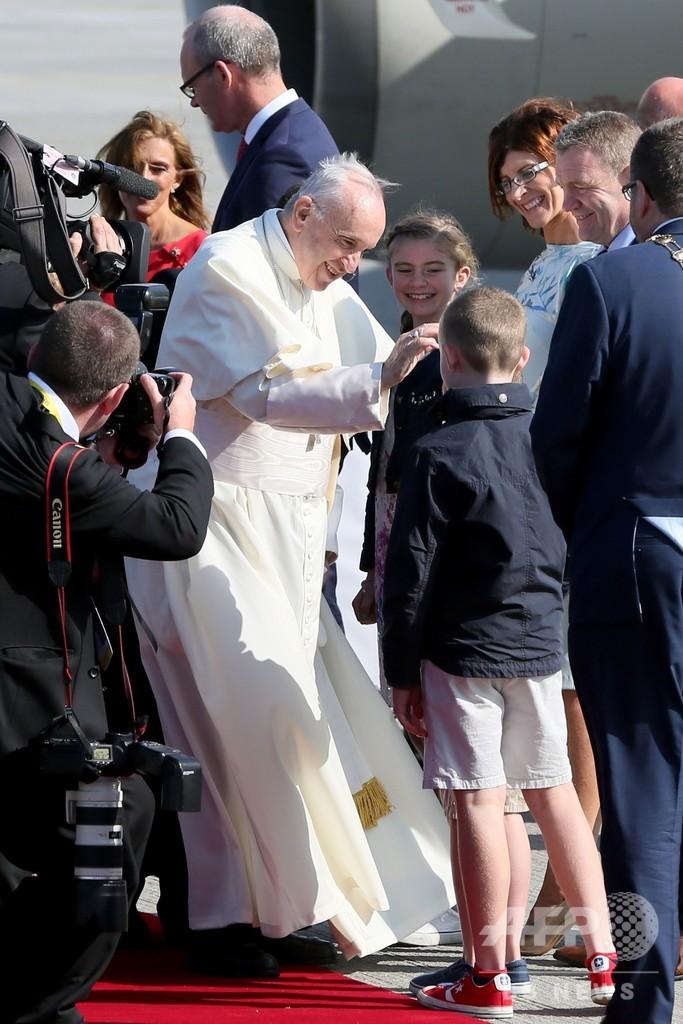 「法王が性的虐待疑惑を黙殺」 カトリック大司教が非難