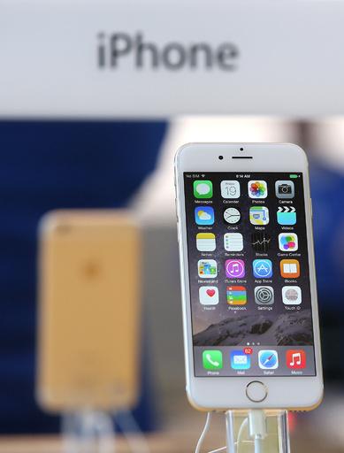 「iPhone 6」、中国本土でも発売へ アップルに通信接続許可