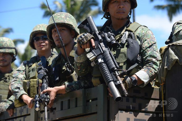 フィリピン南部マラウィとその周辺からの避難者、40万人近くに