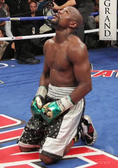 メイウェザー氏、ボクシング界には「人種主義がある」 女子選手や日本人にも言及