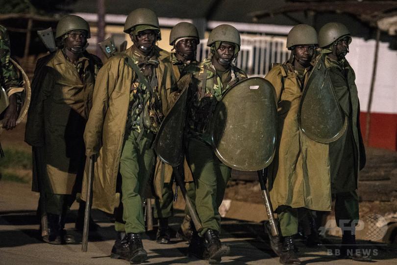 家宅捜索中に負傷した幼児が死亡、警察が殴打か ケニア