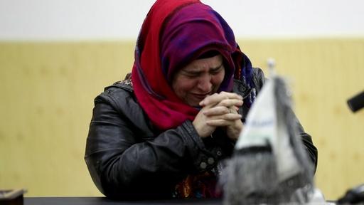 動画:ネットで求婚されシリアへ…誘拐されたアルゼンチン女性、2年ぶり帰国の途に