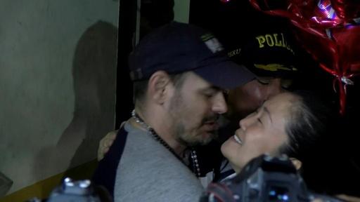 動画:ケイコ・フジモリ氏、約1年ぶりに釈放 ペルー