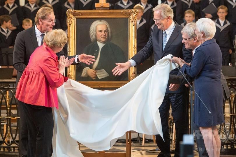 バッハの肖像画、数世紀ぶりライプチヒに帰還 ドイツ