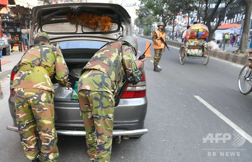 バングラデシュ、総選挙に向け警官ら60万人配備 きょう投票
