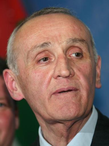 アブハジア大統領選、親ロシア派が当選
