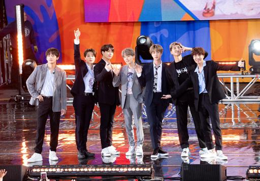 韓国BTS、初の「長期休暇」を発表