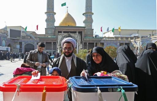 保守派が勝利宣言 イラン選挙 投票率は過去最低