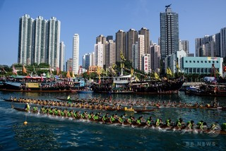 練習中のドラゴンボート2隻が転覆、17人死亡 中国