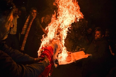 英がインド渡航者に注意喚起 女性のヒンズー寺院立ち入りで暴動