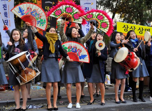 景気低迷でも冷めない韓国の教育熱