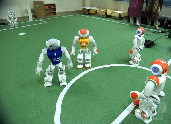 ロボットサッカーW杯「ロボカップ」、パキスタン国立科学大が初出場
