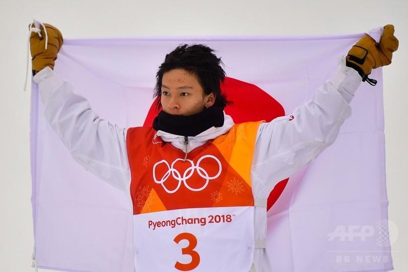 平野が男子ハーフパイプで2大会連続の銀メダル、ホワイトが逆転の金