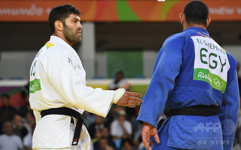 握手拒否のエジプト柔道選手、帰国処分に リオ五輪