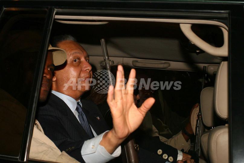 ハイチ帰国のデュバリエ元大統領 「ベビードック」は元独裁者