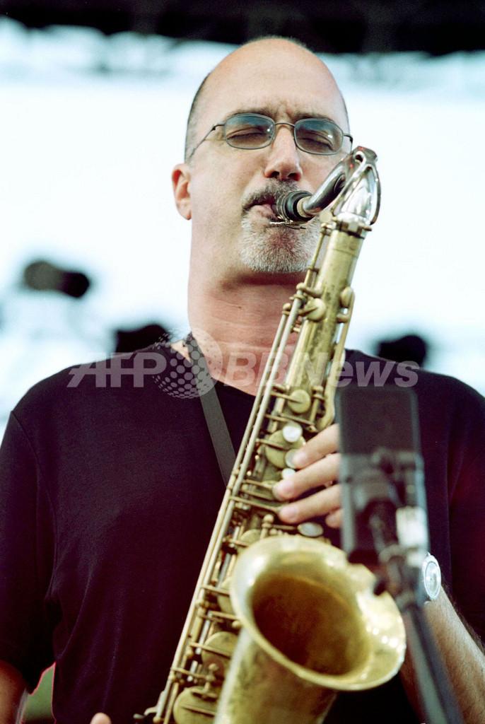 テナーサックス奏者マイケル・ブレッカー死去 - 米国 写真1枚 国際 ...