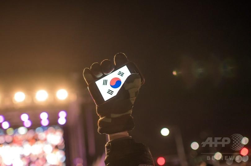 韓国海軍の女性将校が自殺、上官から性的暴行か