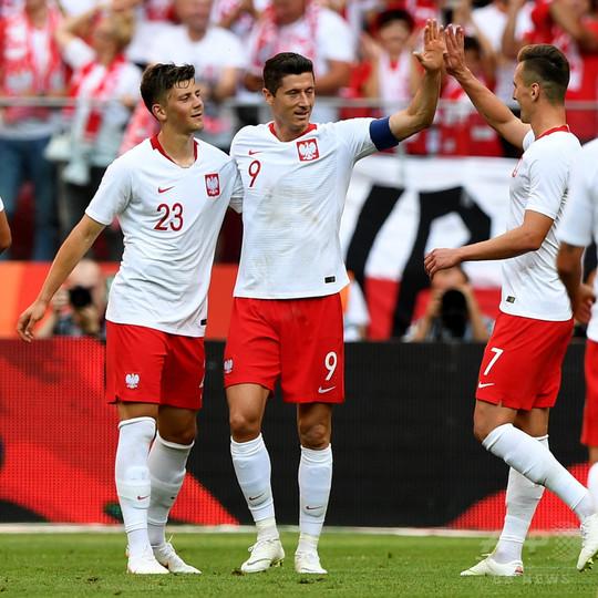 ポーランドがリトアニアに快勝、レワンドフスキ2得点