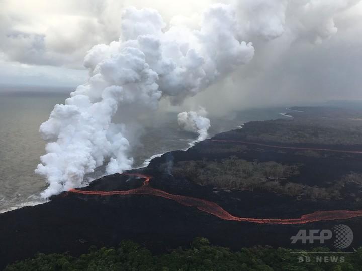 キラウエア火山の噴煙スモッグ、...