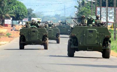 中央アフリカ、平和維持軍が民兵組織に「宣戦布告」
