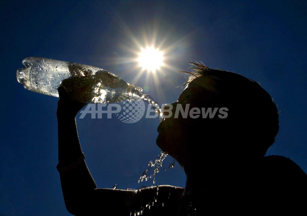 Wii景品の水飲み大会で死亡女性、米裁判所が15億円の賠償金支払い判決