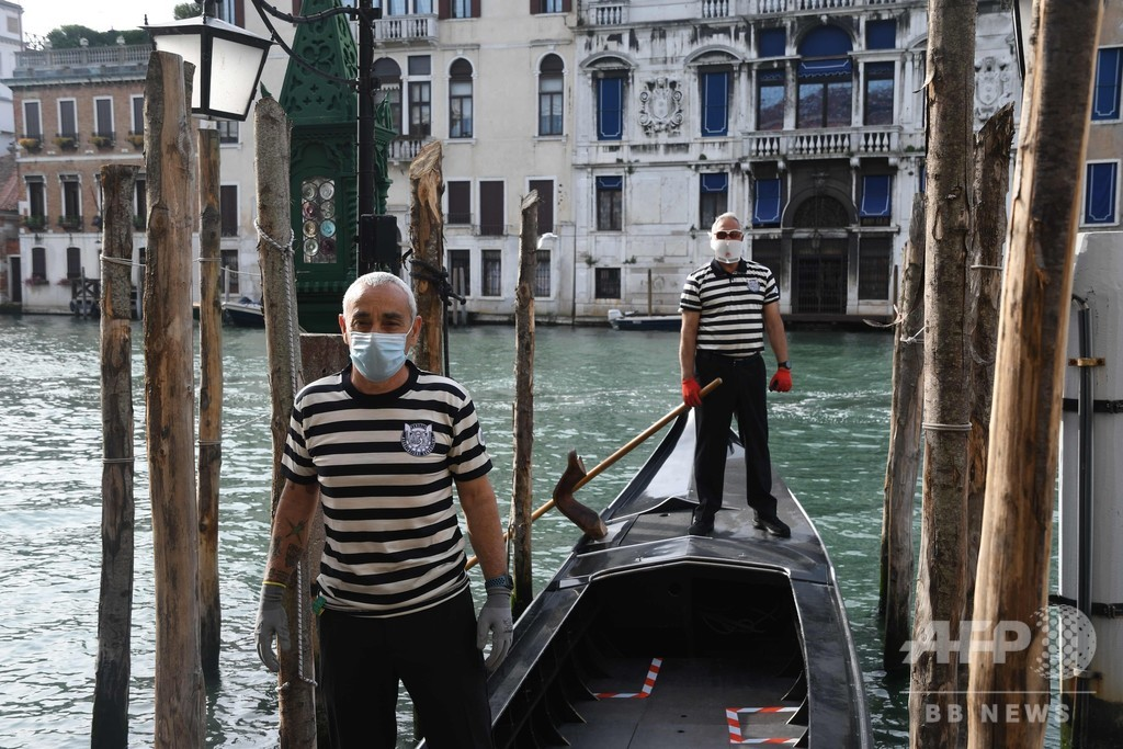 ベネチアのゴンドラ再開 観光客向けは6月3日から