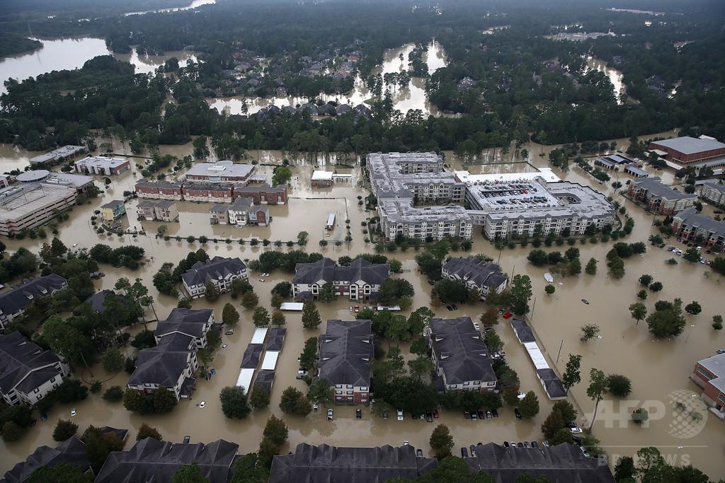 ハリケーン直撃の米テキサス州、広域で冠水続く 3万人超避難
