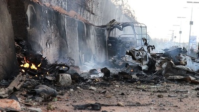 動画:ソマリア首都で連続自動車爆弾攻撃、少なくとも41人死亡