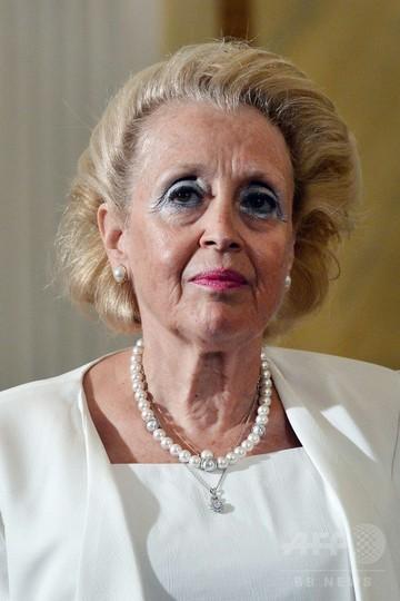 ギリシャ暫定首相に最高裁長官 初の女性、総選挙まで政権担う