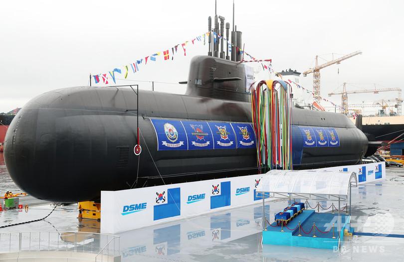 韓国初のミサイル潜水艦が進水、文氏は「力を通じた平和」強調
