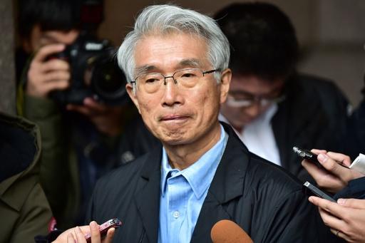 ゴーン被告の弁護士、日本出国は「寝耳に水でびっくり」