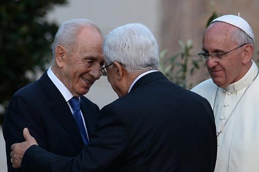 ローマ法王、イスラエル・パレスチナ両首脳と平和祈願
