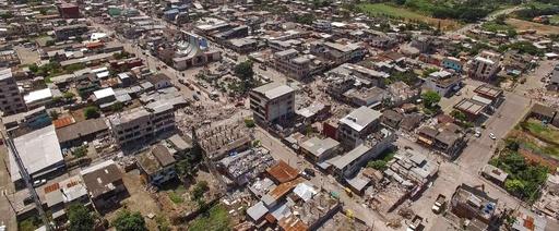 エクアドル地震、依然1700人の安否不明 死者480人に