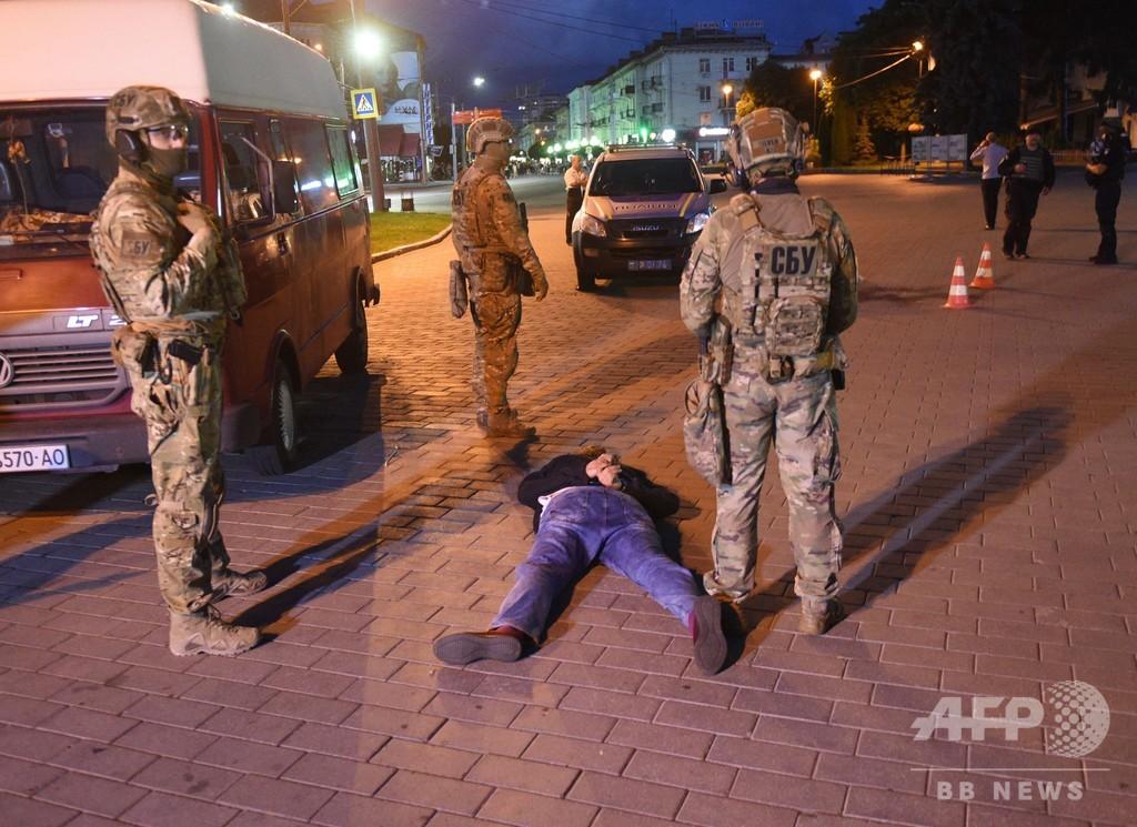 ウクライナで人質事件、大統領に映画『アースリングス』推薦要求