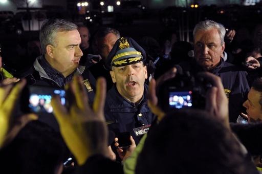 ボストン・マラソン爆発事件、容疑者1人が銃撃戦で死亡 1人逃走