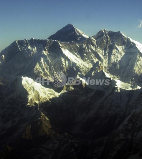 ネパール山岳協会、「エベレストでのヌードは禁止」