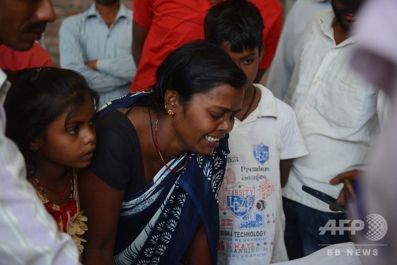 インド列車事故、遺族ら抗議行動 安全性めぐり当局に憤り