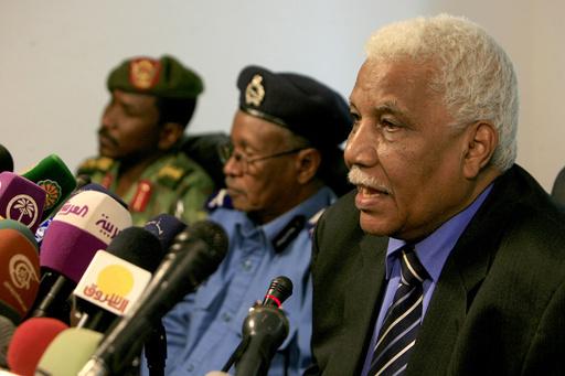 「軍需工場爆発はイスラエルによる空爆」、報復辞さない構え スーダン