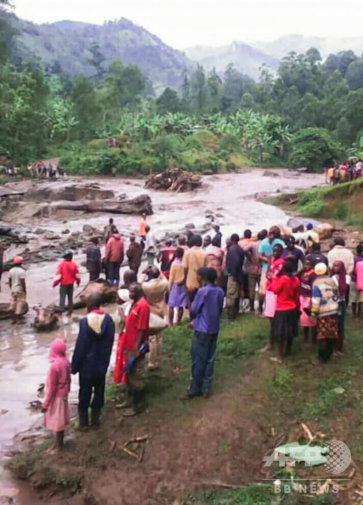 ウガンダ東部で河川の堤防決壊と土砂崩れ、34人死亡