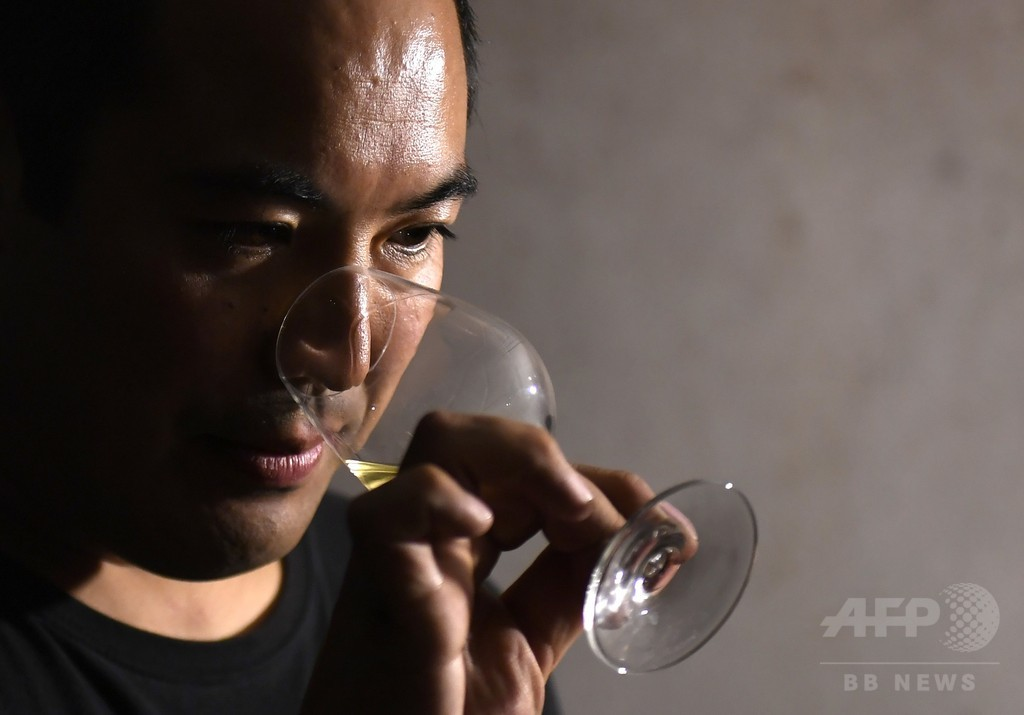 仏人も脱帽、「最高の自然派ワイン」目指す大岡さんのこだわり