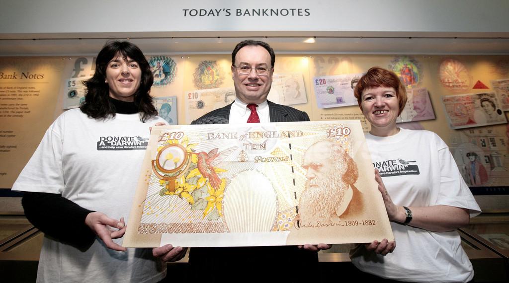 ダーウィン生誕200年、記念切手や紙幣がお目見え 英国