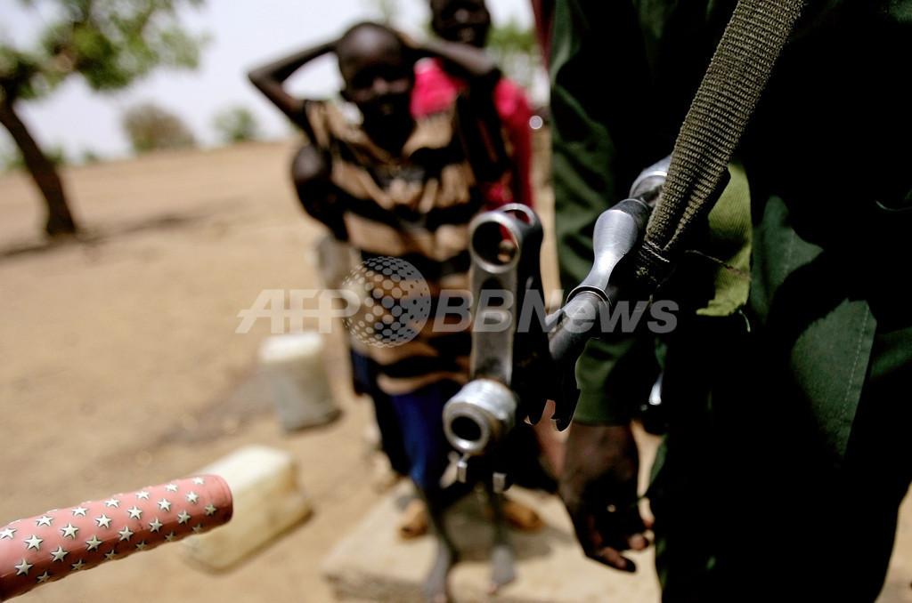 スーダンが南スーダン領内を空爆か、両国首脳が非難の応酬