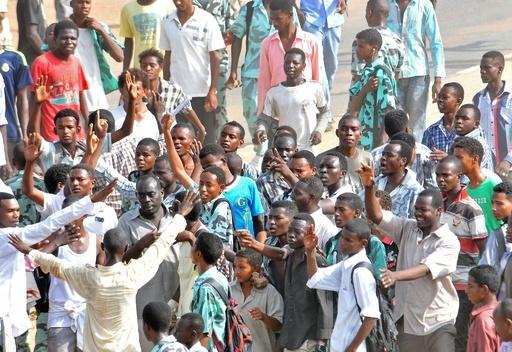 燃料補助金廃止への抗議、3日で10人死亡 スーダン