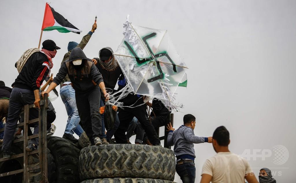 ガザ境界で4週連続のデモ・衝突、パレスチナ人4人死亡 「火炎瓶たこ」も