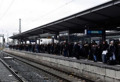 ドイツで賃上げ求め鉄道スト、数百万人の足に影響